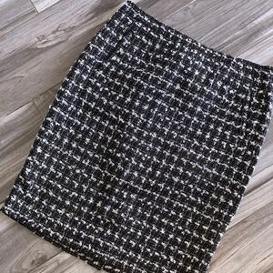 Halogen Black and White Boucle Skirt size 2